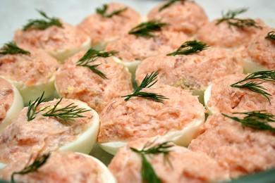 Рецепт Фаршированные яйца с сардинами