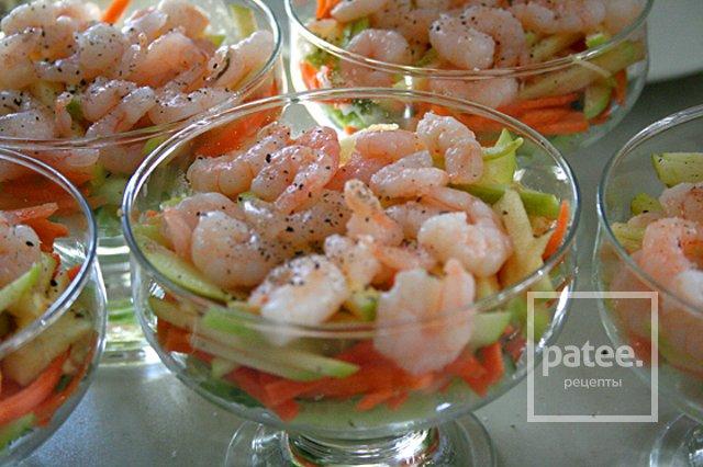 Салат из креветок рецепт с слои