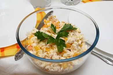 Рецепт Куриный салат с ананасом