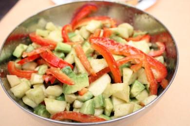 Рецепт Салат из авокадо и груш