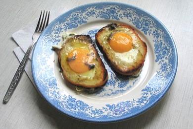 Рецепт Яичница с хлебом