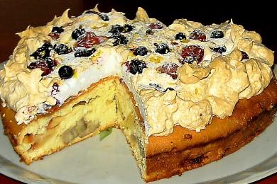 Рецепт Бисквит с фруктами и воздушной корочкой