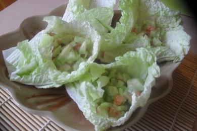 Рецепт Конвертики из китайской капусты с салатом