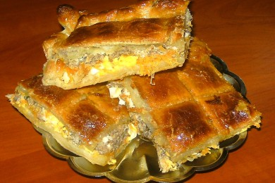 Слоеный пирог с сардинами