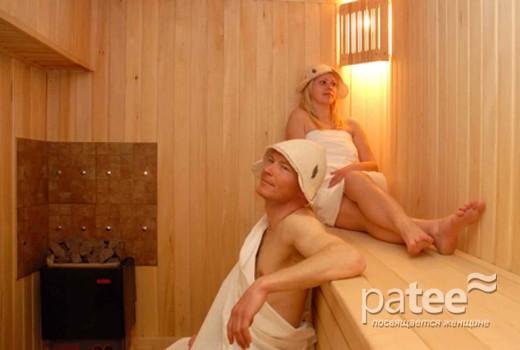 seks-s-zhenshinami-v-saune