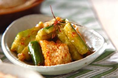 Рецепт Тофу во фритюре с маринованными огурцами