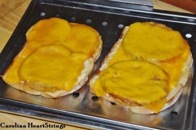 Рецепт Сэндвич запеченный с зелеными помидорами и сыром