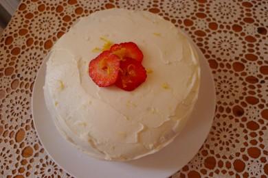 Рецепт Клубничный торт со сливочным сыром