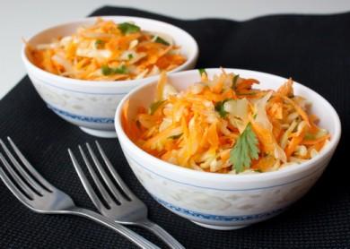 Рецепт Морковный коулслоу с зирой