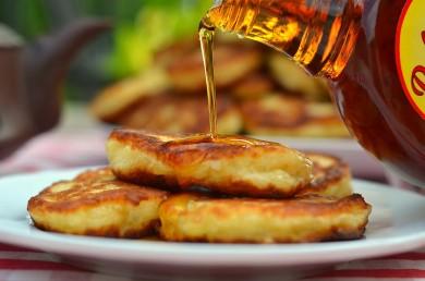 Рецепт Дрожжевые оладьи с яблоками