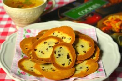 Рецепт Печенье с ромом и изюмом