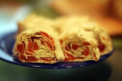 Рецепт Рулет с семгой и сыром