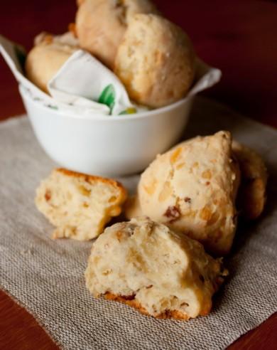 Рецепт Печенье с беконом и сыром