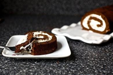 Рецепт Шоколадный рулет с кремом