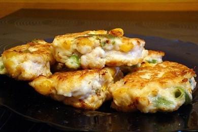 Рецепт Куриные оладьи с кукурузой и фасолью