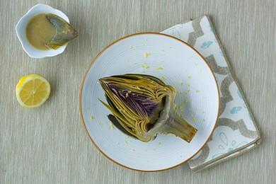 Рецепт Тушенные артишоки с лимонным маслом