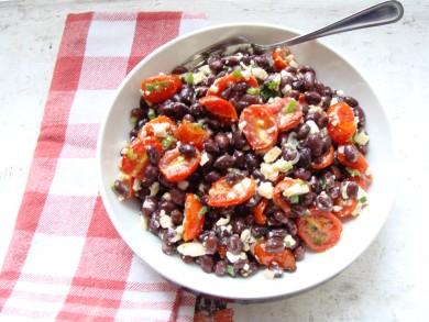 Рецепт Салат с фасолью и томатами