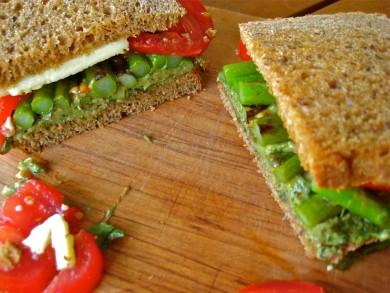 Рецепт Горячие бутерброды со спаржей
