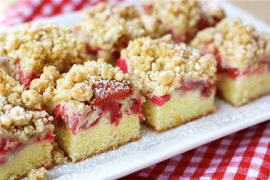 Рецепт Клубничный пирог с ревенем