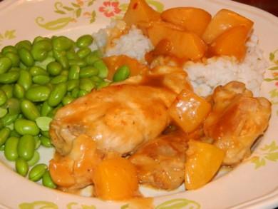 Рецепт Пряная курица с персиками