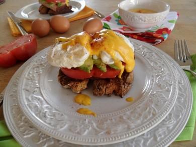 Рецепт Яйца Бенедикт с голландским соусом