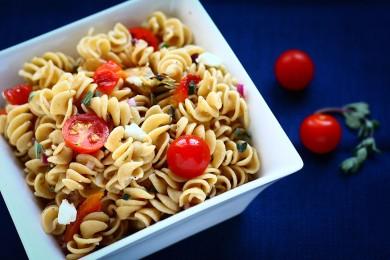 Рецепт Весенний греческий салат с пастой