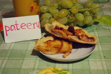 Рецепт Галетты с персиками и яблоками