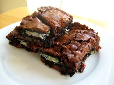 Рецепт Шоколадные пирожные с орехами