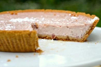 Рецепт Пирог с черешневым йогуртом