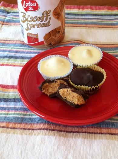 Рецепт Шоколадные корзиночки со спредом  Бискофф