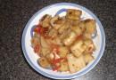 Рисовая лапша в устричном соусе