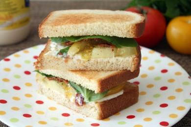 Рецепт БЛТ: бекон, латук, томаты. Две версии сэндвичей