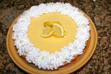 Рецепт Лимонный пирог со взбитыми сливками
