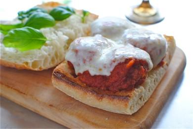 Рецепт Сэндвичи с куриными фрикадельками