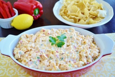 Рецепт Салат с креветками, кукурузой и соусом Ремулад
