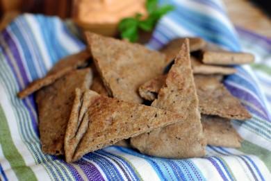 Рецепт Тосты из хлеба пита с базиликом