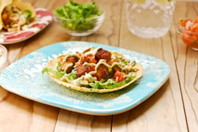 Рецепт Веганские тако с тепме и авокадо-лаймовым кремом
