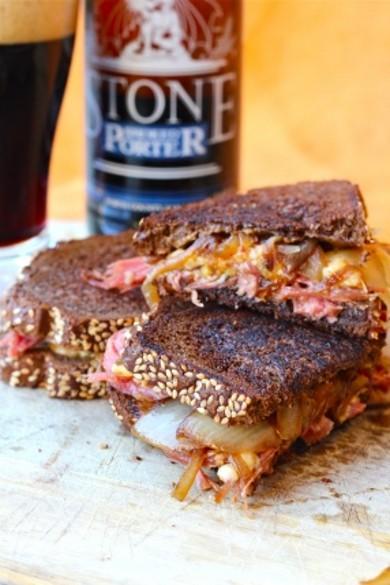Рецепт Сандвичи с говяжьей солониной и сыром