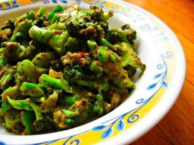 Рецепт Жареные брокколи с болгарским перцем