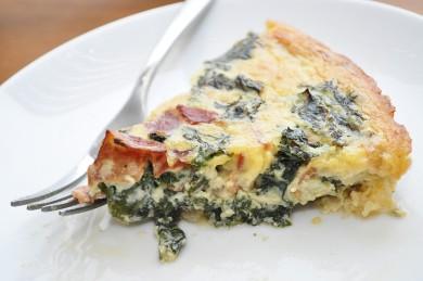 Рецепт Запеканка с беконом, яйцами и капустой кале