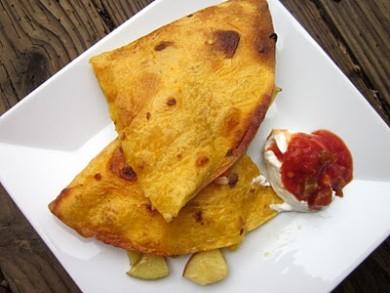Рецепт Кесадилья с курицей и яблоками