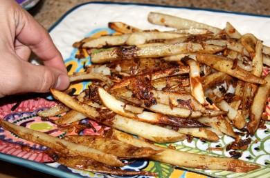 Рецепт Запеченный картофель  фри с луком