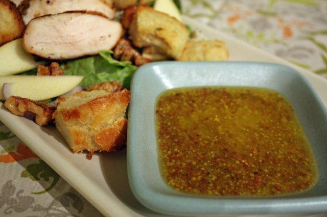 Медово-горчичный соус для салата рецепт
