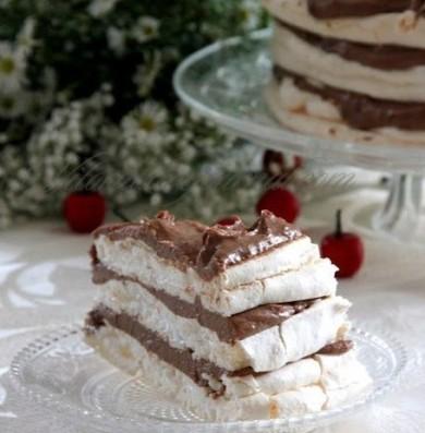 Рецепт Торт-безе с шоколадным кремом