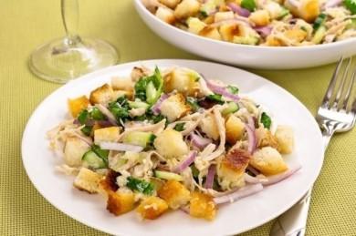 Рецепт Куриный салат с сухариками