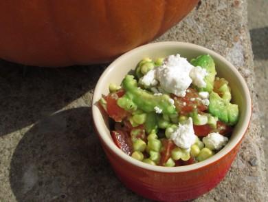 Рецепт Салат с кукурузой, авокадо, помидорами и сыром Фета