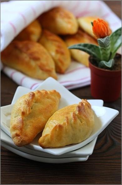 Рецепт Пирожки с яйцами и зеленым луком