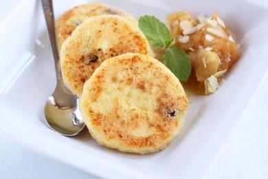 Рецепт Сырники с манкой