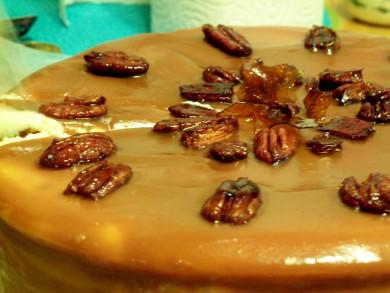 Рецепт Карамельный чизкейк с медовыми орешками