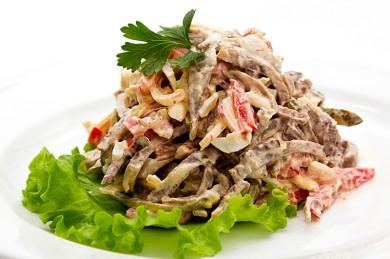 Рецепт Салат с говяжьим языком и болгарским перцем